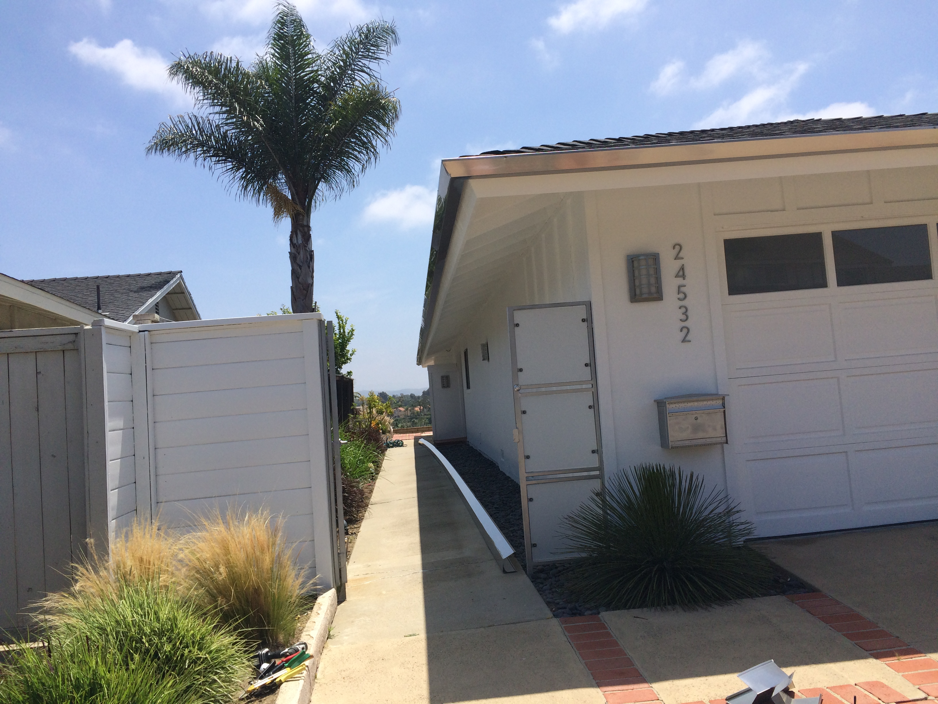 Rain Gutter Installation Huntington Beach